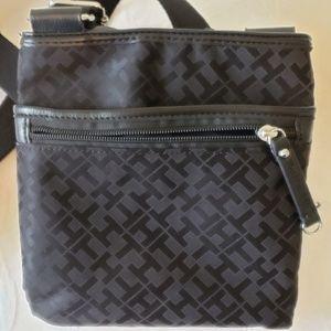 Tommy Hilfiger Crossbody Bag